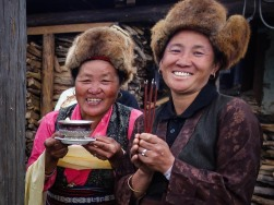 Kima Sherpa and friend in Sibuje